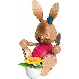 Snubby Bunny gardener  -  12cm / 4.7inch